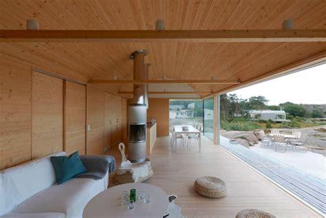 cozy modern summer home design interior in swedish home summer houses in slavik by architect mats fahlander homedsgn