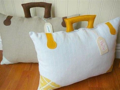 almohadas  cojines