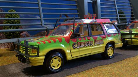jurassic park tour car ford explorer tour car maisto jurassic park 1 24 dieca