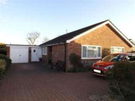 bungalows for rent in norfolk 2 bedroom bungalow for sale in compit cromer nr27