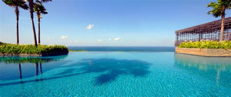Infinity Pool by Distractions Are A Nuisance But Infinity Pools Are The