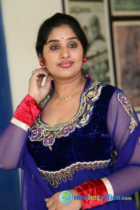zee kannada heroine photos priya tv actress photos priya telugu serial actress stills