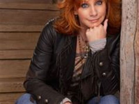 reba mcintire clothes 13 best images about reba mcintire fan on mondays i will and catalog