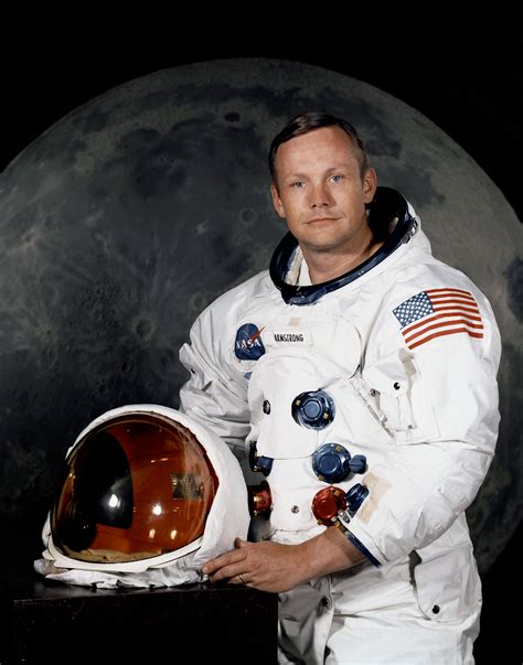 neil alden armstrong biography in hindi neil armstrong wikipedia the free encyclopedia