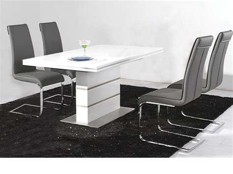 White Gloss Dining Table And Chairs Endearing White Gloss Dining Table And Chairs White High Gloss Kitchen Table And Chairs