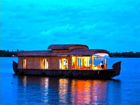 house boat at kollam deluxe 1 beds houseboat booking for 1 nights in kollam at