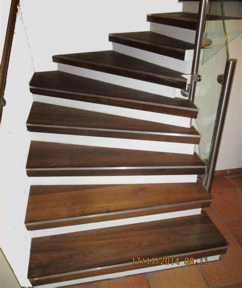 treppe renovieren pvc massivholztreppen treppe holztreppen mit edelstahl in