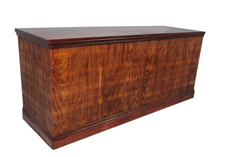 Wood Bar bar 6