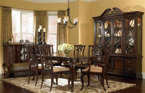 Traditional Dining Room Tables Cincinnati Painting