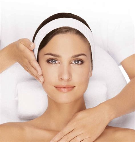 skin rejuvenation laser beauty room