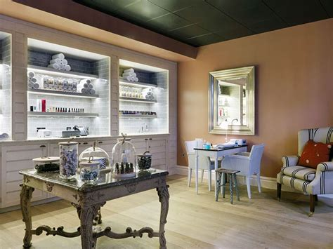 Nail Bar Interior Design by Scholastic Nailbar Luxury Nail Treatments In Ham Yard