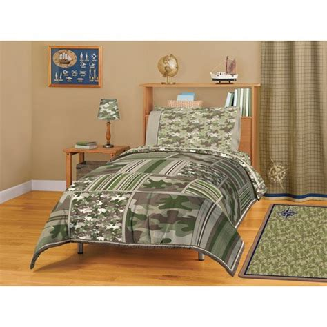 Camo Patchwork Quilt Set - camo bedding in a bag camouflage patchwork boys secret
