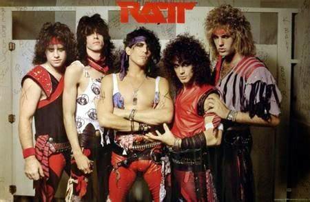 Kaos Manowar Band inilah grup band heavy metal yang jadi legenda dari masa