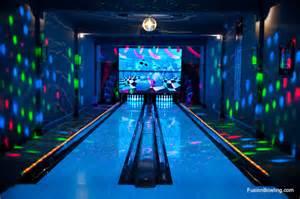 Commercial Grade Landscape Lighting - residential bowling alley lanes for philadelphia phillies baseball player s home modern home