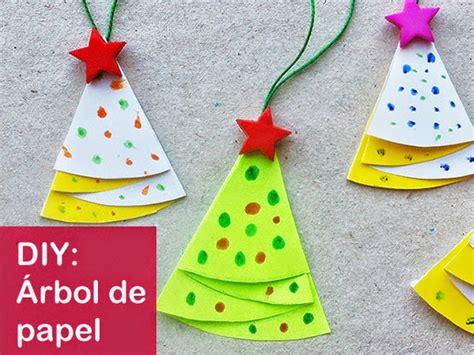 como adornar un arbol de navidad de papel c 243 mo hacer un 225 rbol de navidad de papel decorativo manualidades