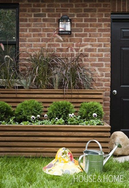 Diy Brick Planter by Best 25 Raised Planter Boxes Ideas On Metal