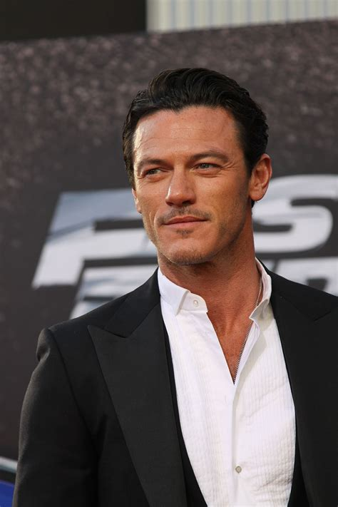fast and furious welsh actor luke evans at the american premiere of fast furious 6