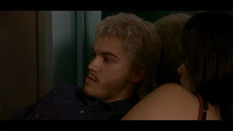 how to become the alpha with your puppy alpha emile hirsch image 6455220 fanpop