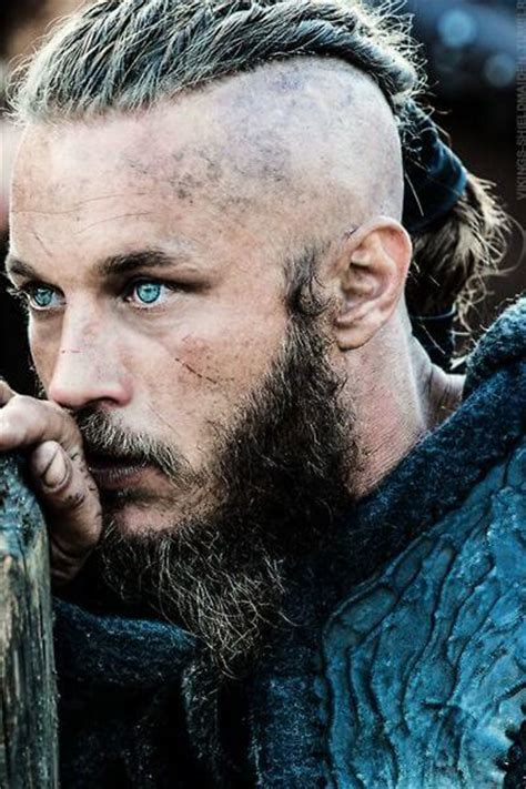 ragnar lockbrook haircut ragnar lothbrok s hairstyle from vikings