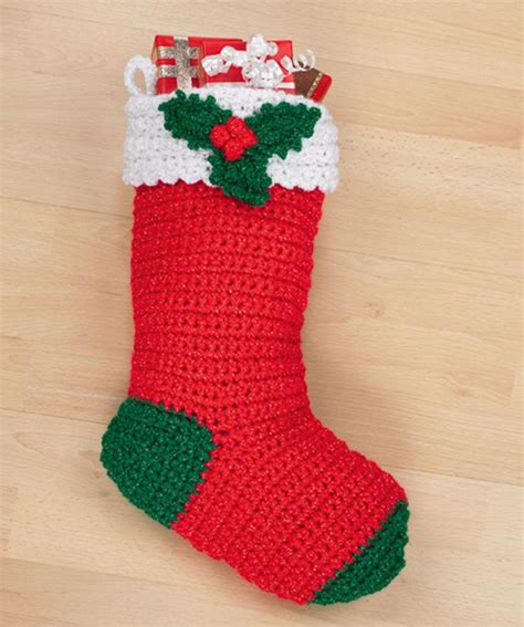 crochet pattern christmas stocking free crochet holly stocking knitting crochet pinterest