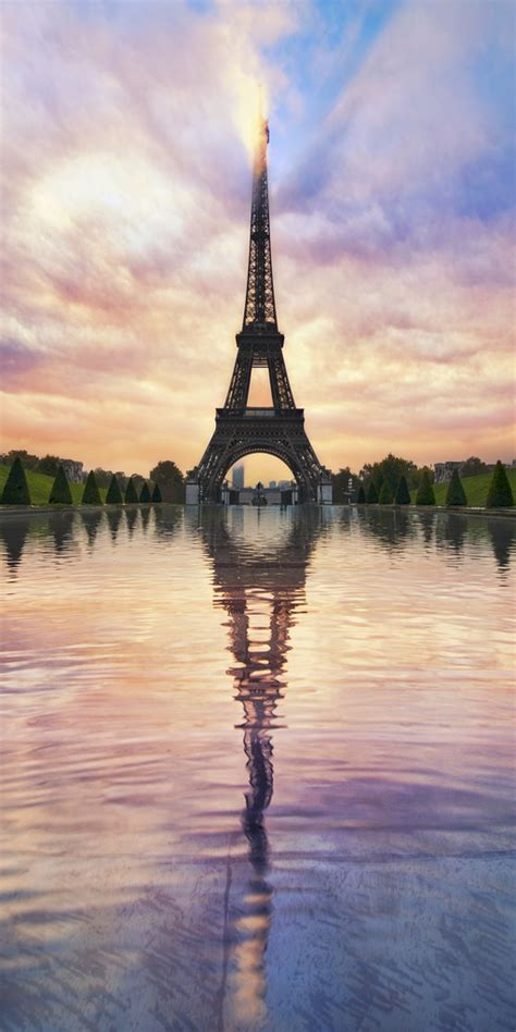 si鑒e ノl騅ateur le tour eiffel by sie eiffel tower