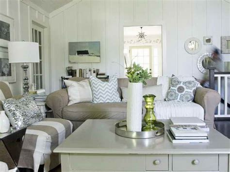 At The Cottage Decorating With - bloombety small cottage decorating ideas with table l