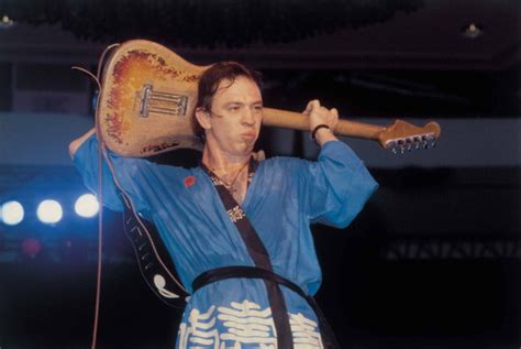 remembering stevie ray vaughan  official stevie ray vaughan site