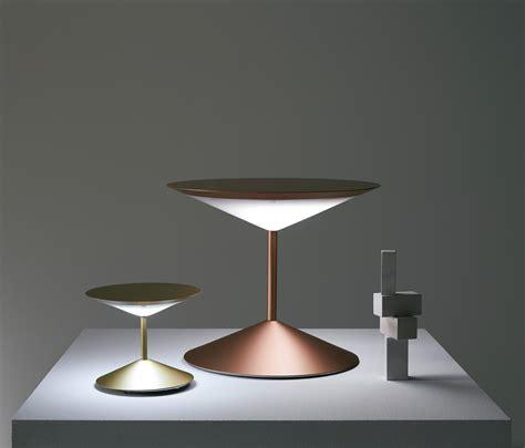 penta illuminazione narciso lada da tavolo lade tavolo penta architonic