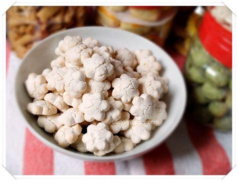 malaysia new year kueh new year cookies hougang nonya kueh