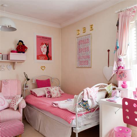 pretty pink bedrooms pretty pink children s room traditional decorating ideas