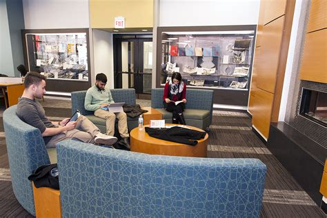reading space circle reading room quiet space warm atmosphere uic today