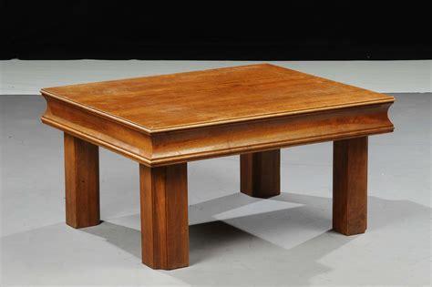 tavolo da salotto tavolo da salotto in legno di noce xx secolo
