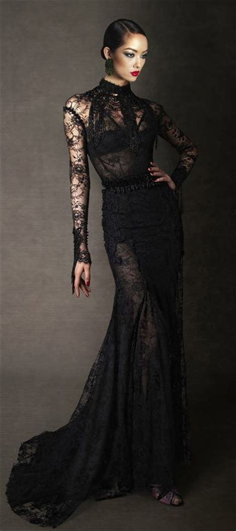 Wipi Longdress image tom ford fall 2011 lace evening dress jpg