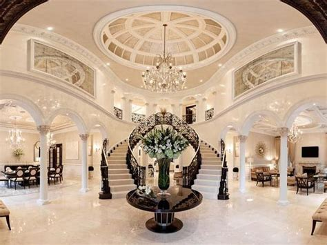 Banister House Hotel 40 Luxurious Grand Foyers For Your Elegant Home