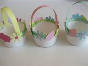 Easter Basket Craft by How To Make Mini Easter Baskets