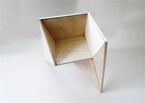 Folding Paper Chair - origami chair sukunfuku