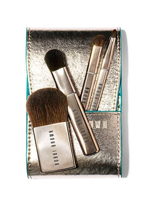 Travel Mini Brush Urgent 4 In 1 Single Brush brown desert twilight mini brush set review