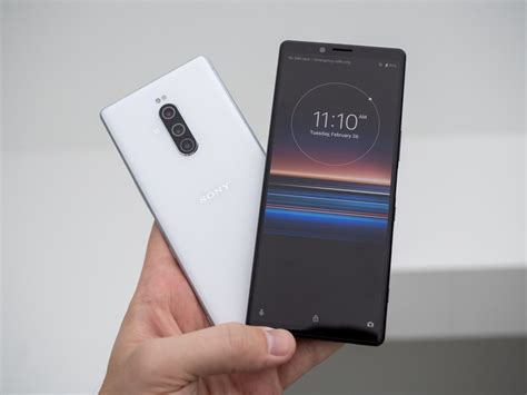 sony xperia   coming     july