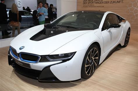 cars bmw i8 update 2014 bmw i8 priced at 136 625 production images
