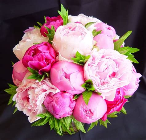 peonies bouquet 5 of the prettiest wedding bouquets weddings superweddings