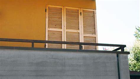 altezza ringhiera balcone ringhiere per parapetti e balconi messa in sicurezza balcone