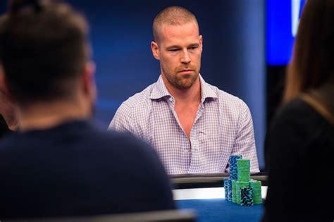 hidden truth        poker face