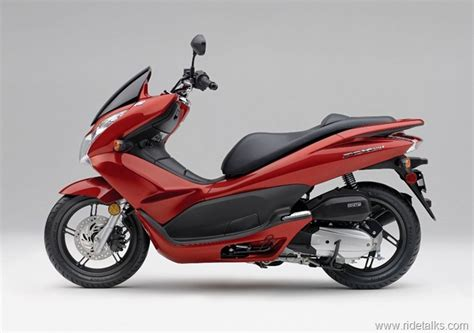 2013 honda pcx 150 2013 honda pcx 150 maxi scooter launched price and