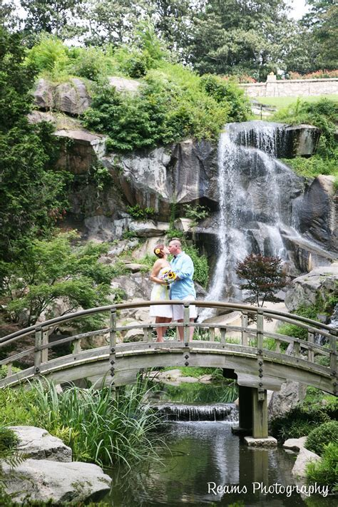 Wedding at Maymont Park, Richmond Virginia Japanese Garden