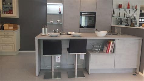 schmales küchen design mit insel grundriss k 252 che insel
