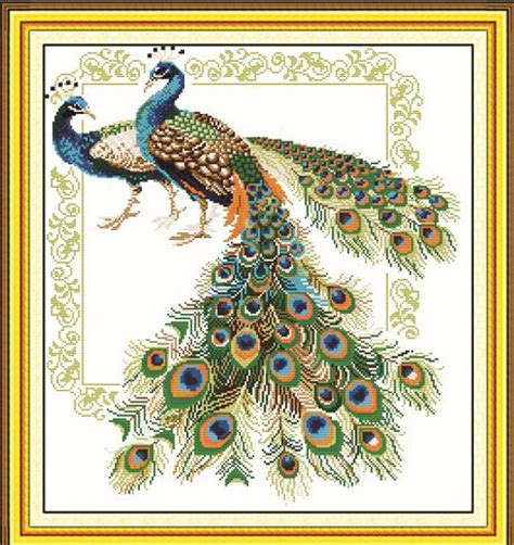 imajenes de dibujo de pavo real para bordar pavorreales para bordar en cruz imagui