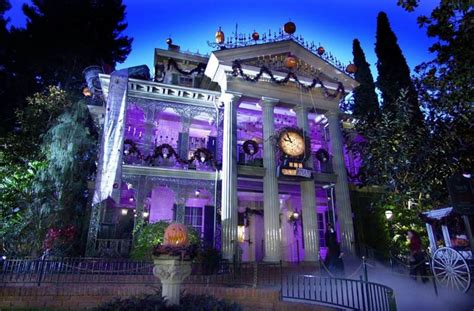 haunted mansions the real hauntings in disneyland s haunted mansion