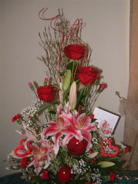 valentine s day flower arrangements 44 best images about valentines 2013 on pinterest floral