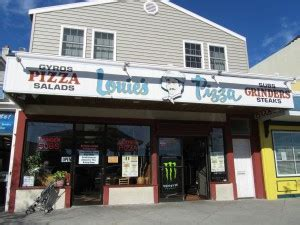 rehoboth house of pizza louie s pizza home of the grinder restaurant review pizza cheese steaks