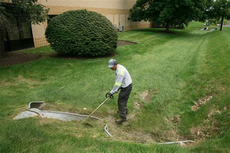 landscape maintenance contract outdoor goods uc